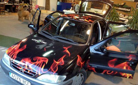Flamas Impresión Digital Rotulación de Vehículos